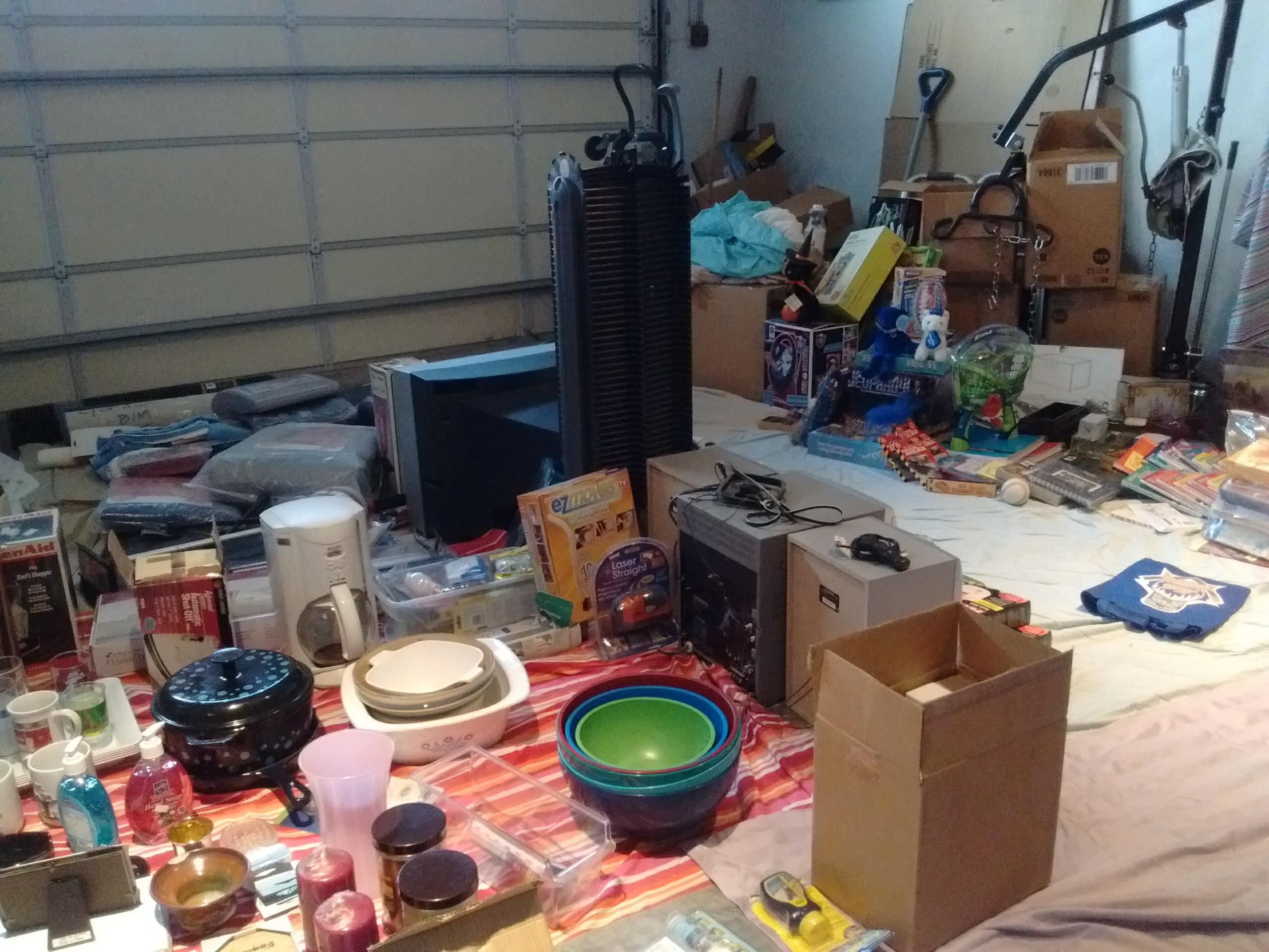 Garage//Estate Sale!! Household/Medical/Furniture/Office/Kids/Kitchen/Storage/Curio