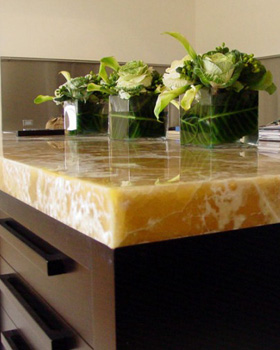Get Wide Collections of Onyx Stone at Mont Surfaces