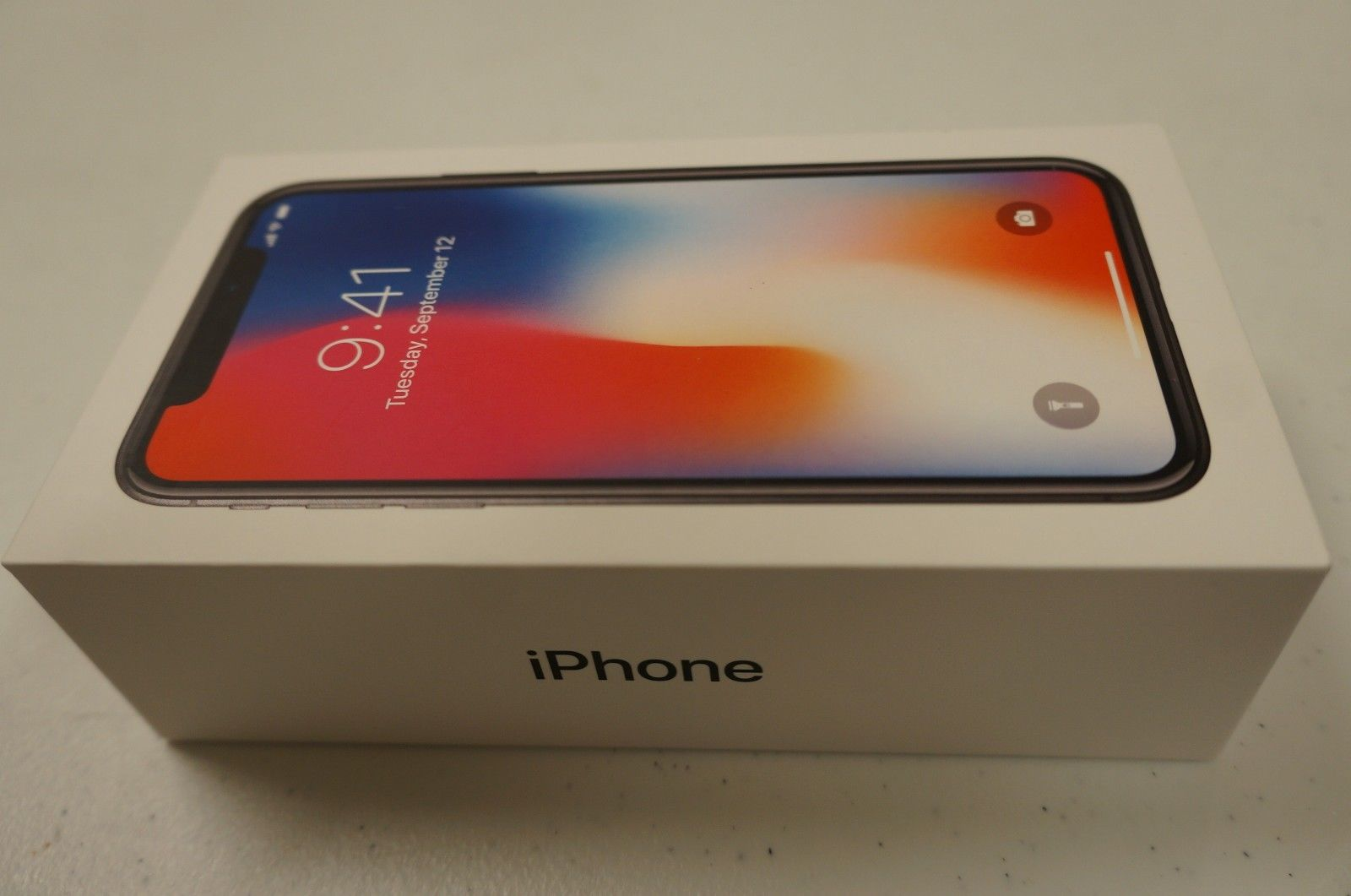 Apple iPhone X 64GB/256GB - GSM & CDMA Unlocked WHATSAPP CHAT:+971 52 334 2859