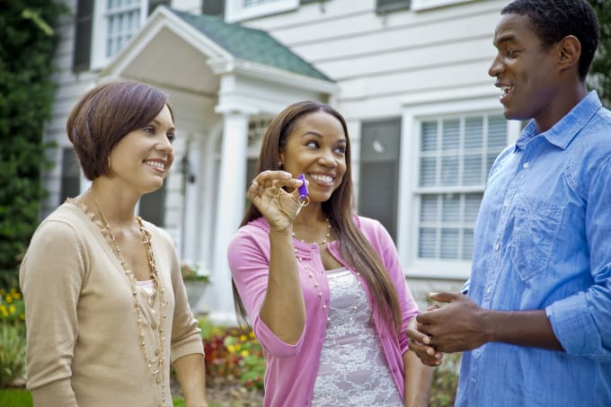 Why rent an appartment when you can lease a beautiful home?