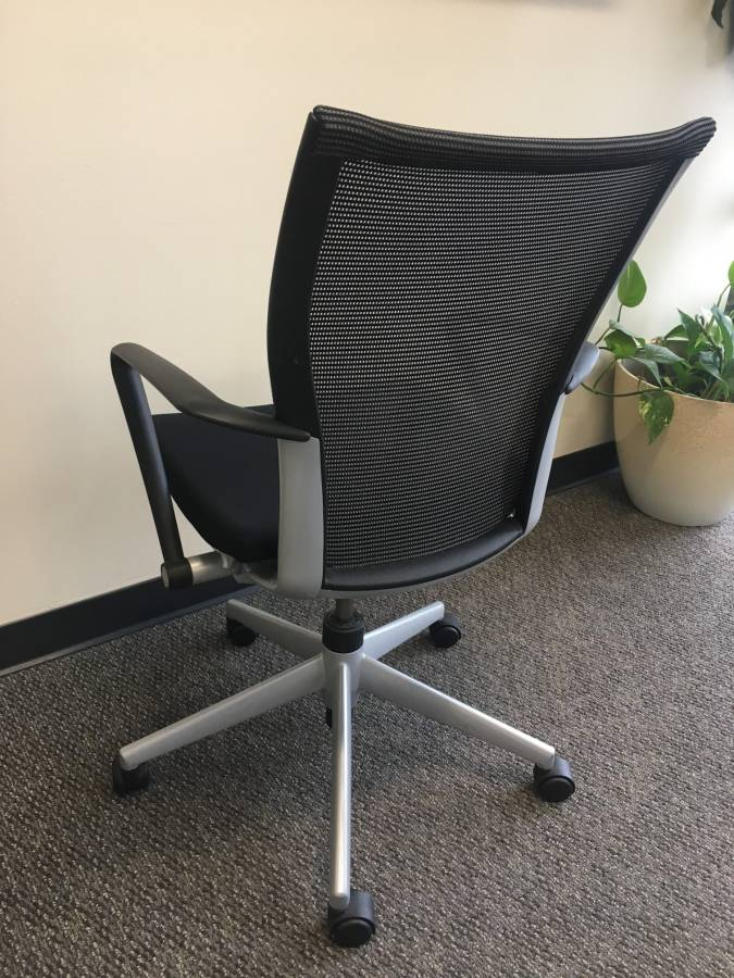 (4) High Quality Adjustable Haworth Office Chairs For Sale