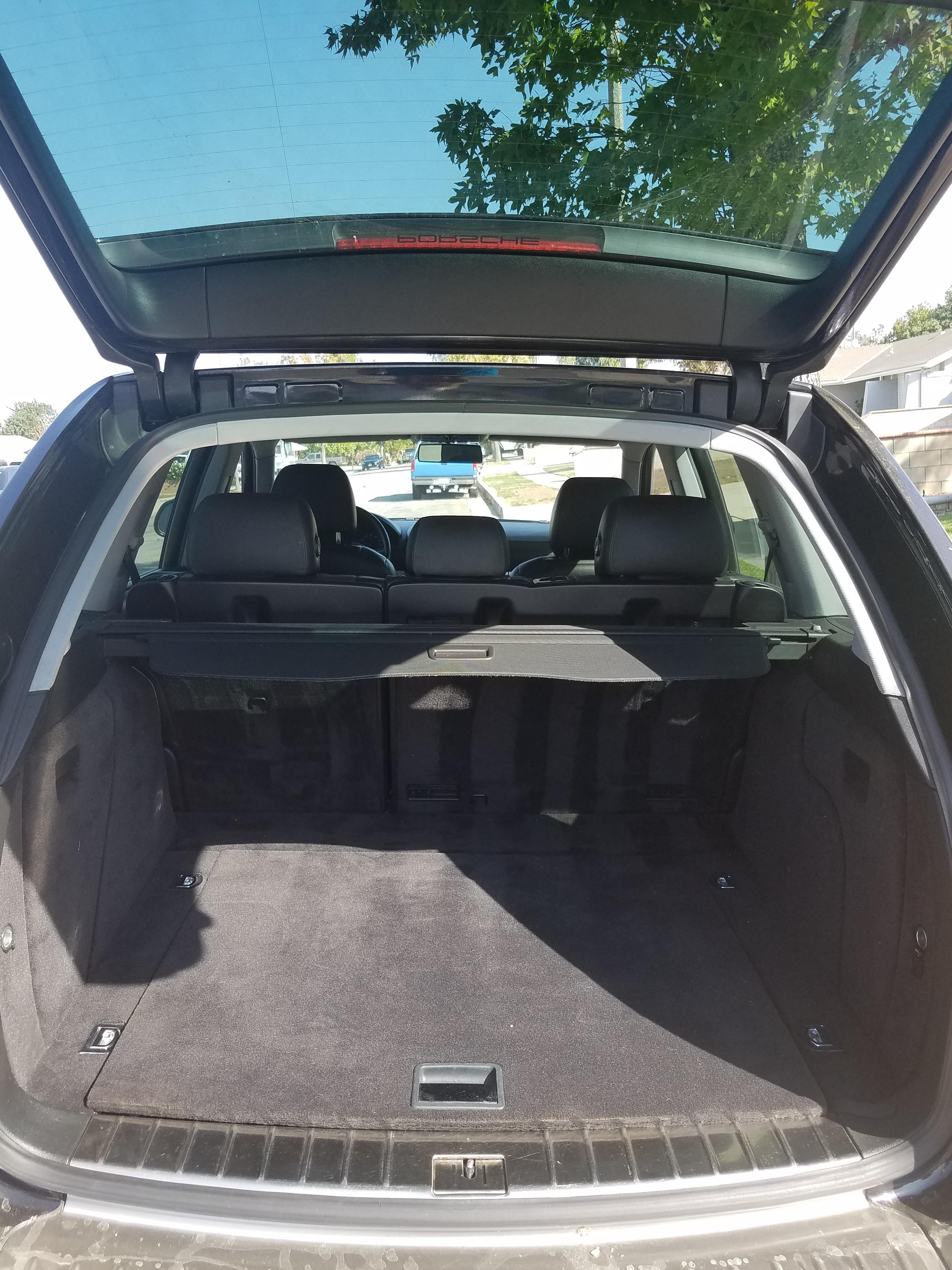 Clean Porsche Cayenne - $4800 obo