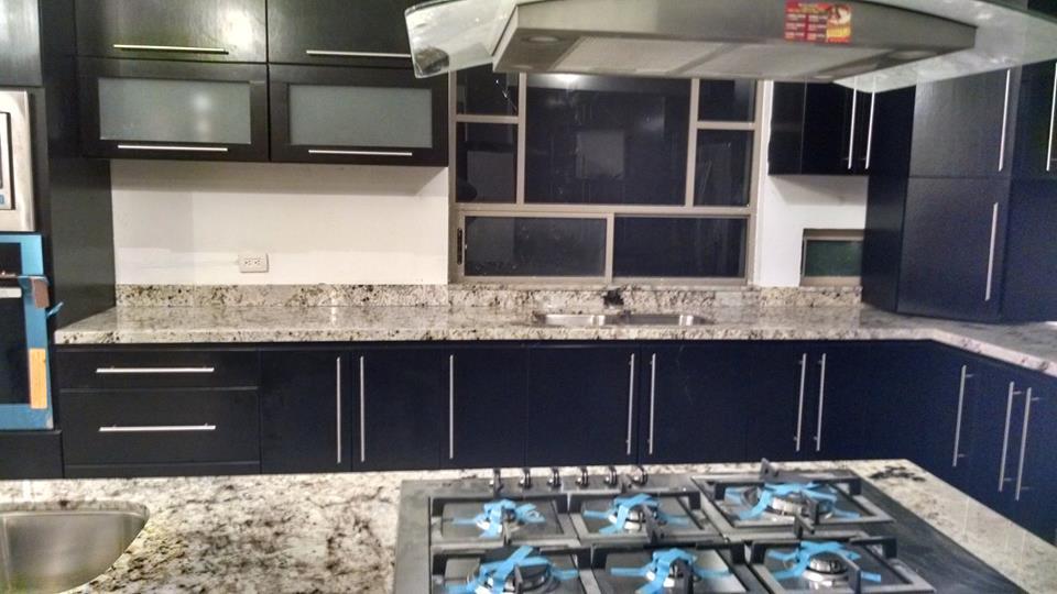 granite an quartz counter tops