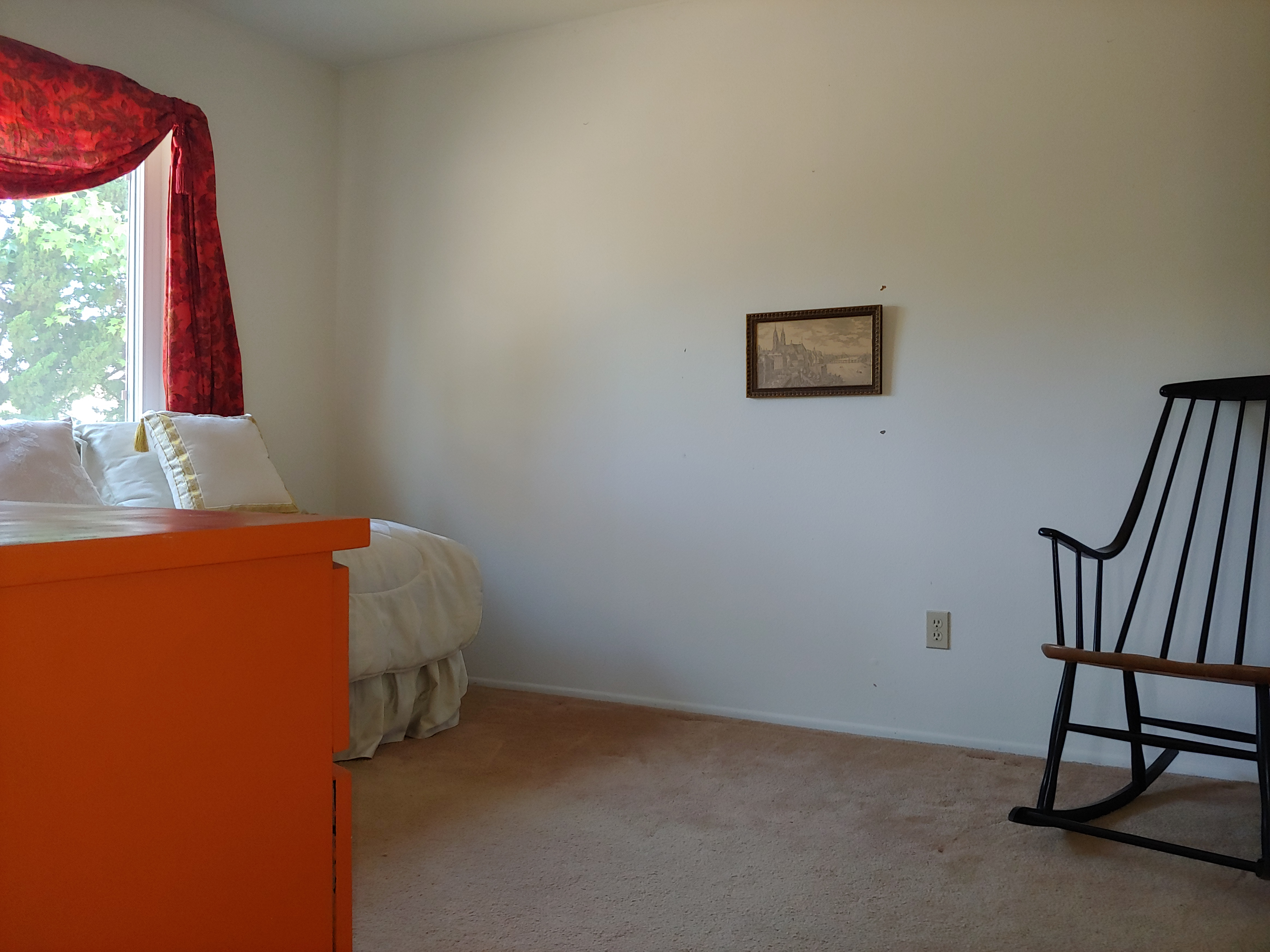 Medium Bedroom, Maid service, Bathroom, In two-story hom5