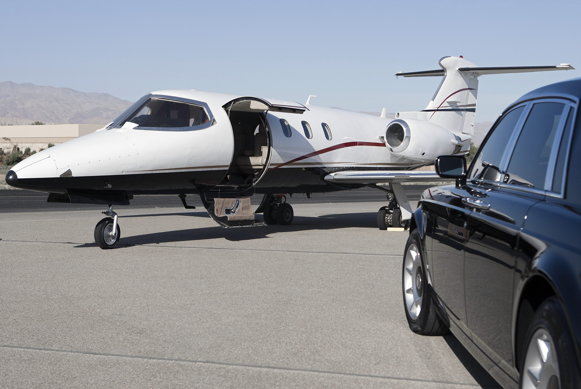 Fbo Private Jet Service New Jersey | Aston Coach