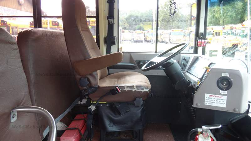 2000 International 84 Passenger High Top Rear Engine School Bus