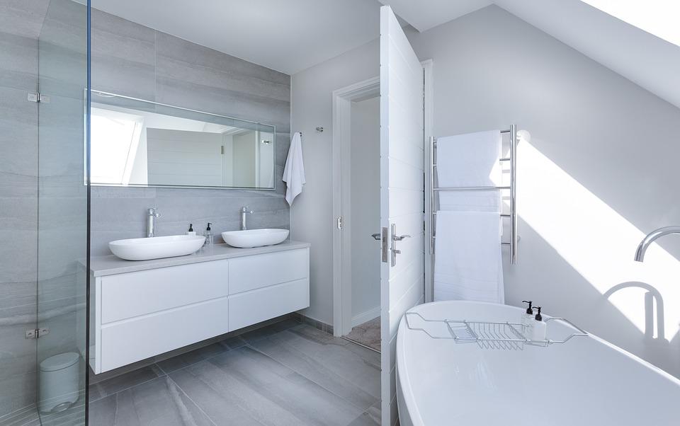 Purchase Modern Bathroom Vanities from GEC Cabinet Depot