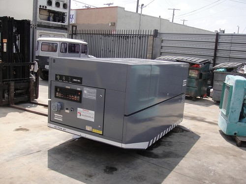 ATLAS COPCO AIR COMPRESSOR, YEAR 1992, SERIAL 10832-92, 38506 HOURS, 60HP