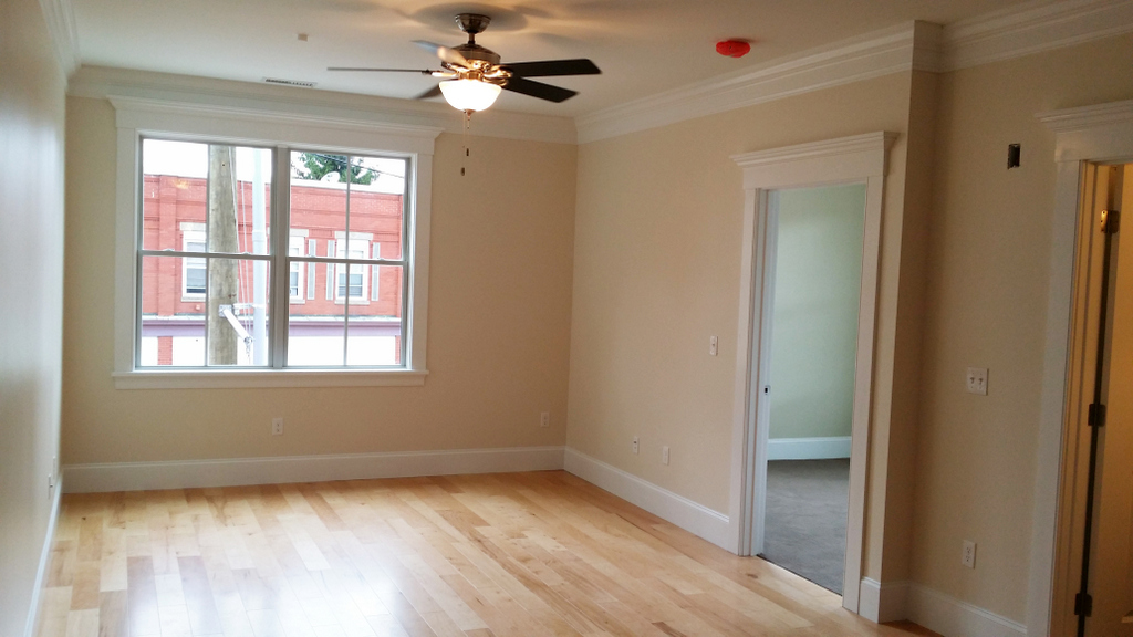 2BR/1BA  Beautiful building located in Historic Downtown Dover! Very convenient location!