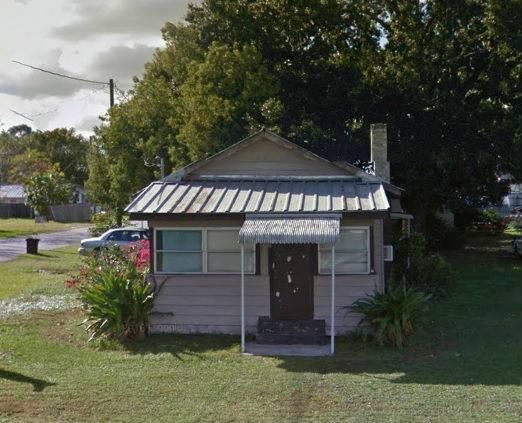 2 bedroom 1 bath fixer upper house in Kissimmee Florida!