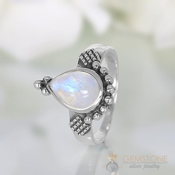 Moonstone Ring Zesty Vision
