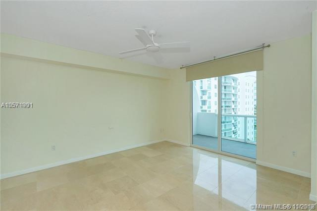 Miami Beach: 2/2 Water views apartment (Harbour Island Dr., 33141)