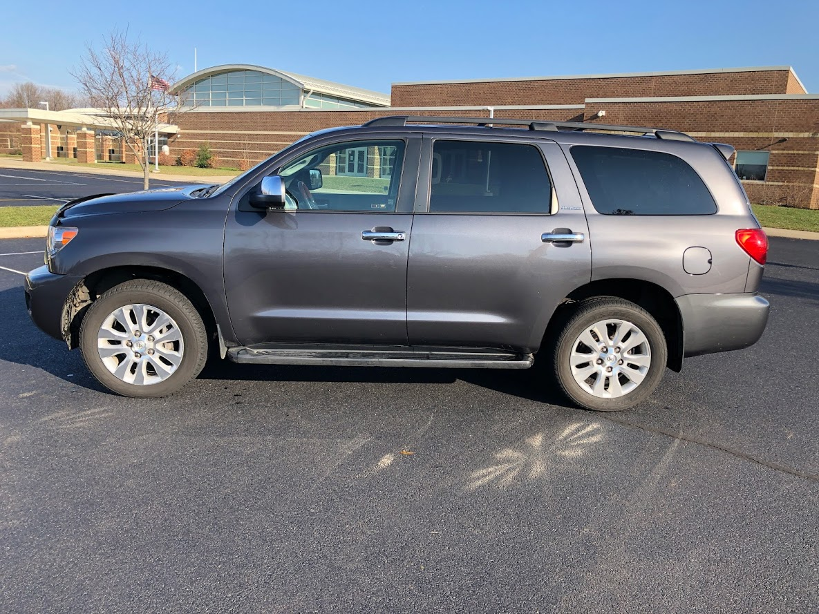 2013 Toyota Sequoia Platinum (AGREEMENT PENDING)