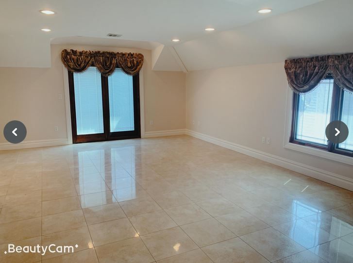 ID#: 1349621 Spacious 3 Bedroom Apartment for Rent in Whitestone