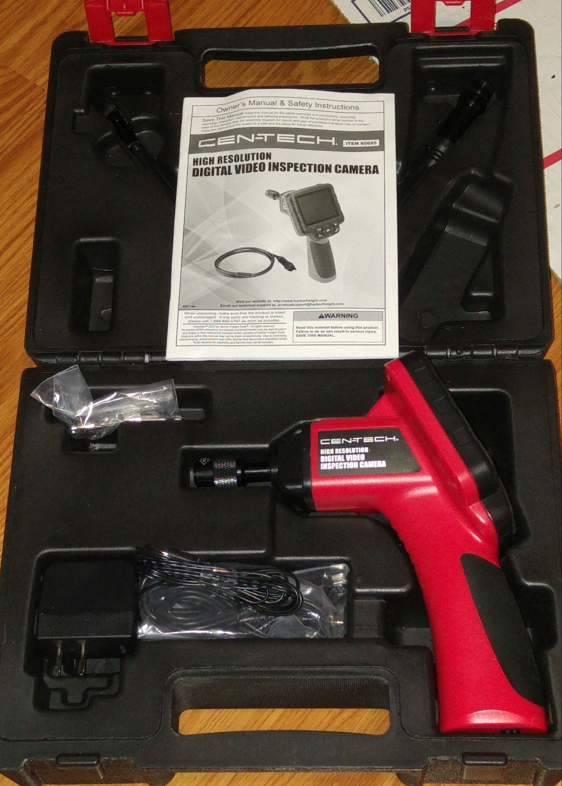 New High Resolution Color Portable Inspection Camera System... mint with case.