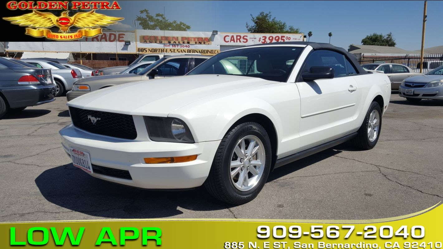 2008 Ford Mustang Deluxe ***FAST & EASY Financing***