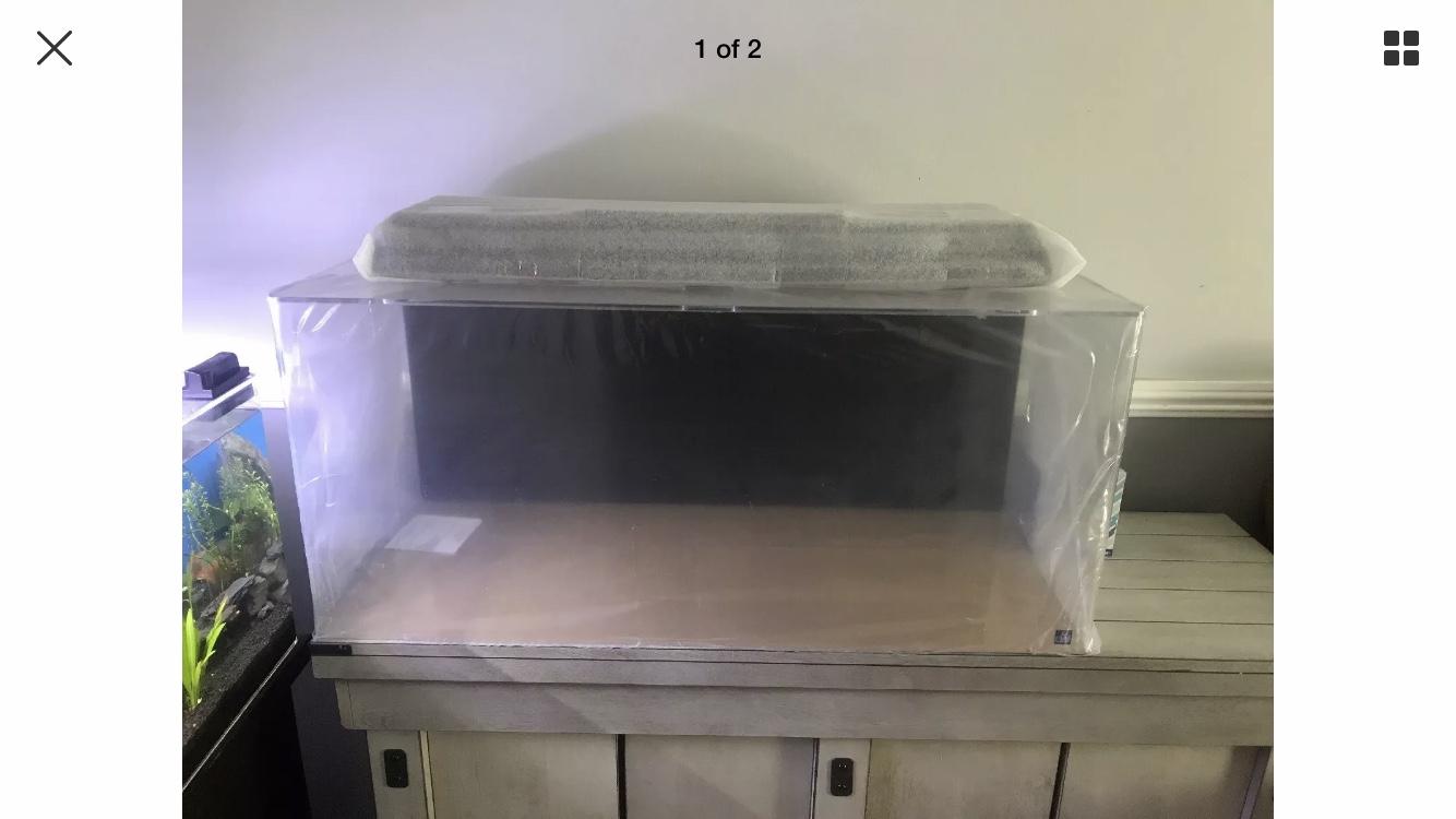 Seaclear Acrylic 40 gal fish tank