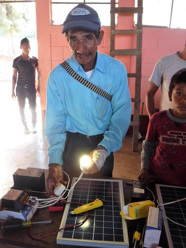 solar installation volunteer in Guatemala