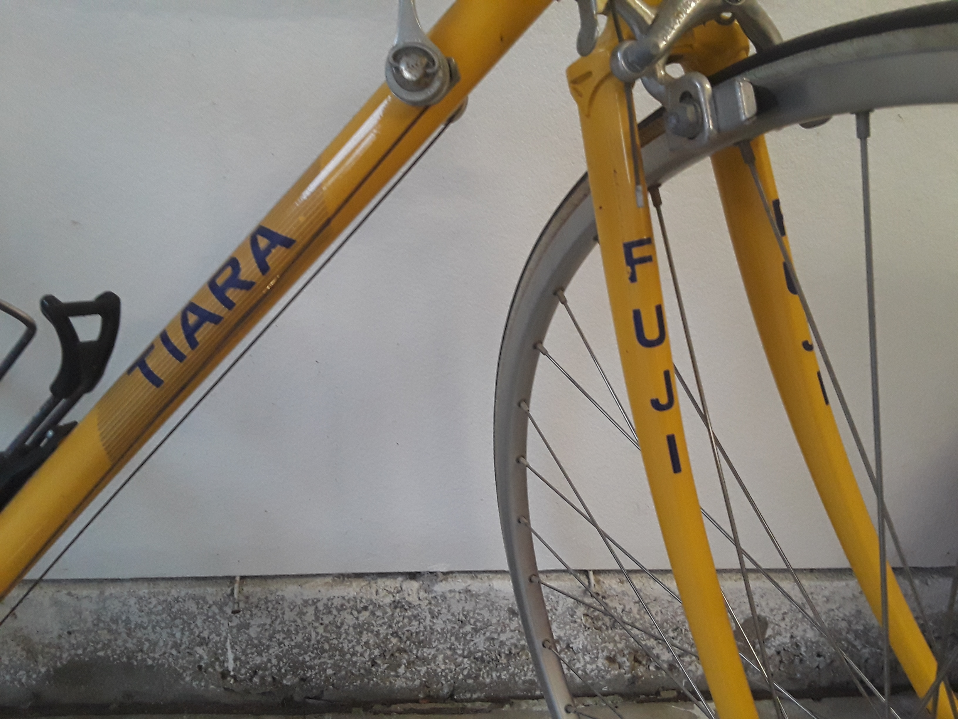 """RARE"" 1987 Fuji Tiara 12 Speed Racing Bicycle"