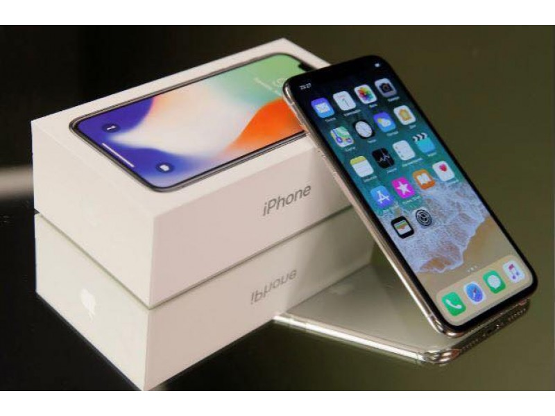 Apple iPhone X - 256GB - Space Gray (Unlocked) Fast Same Day Shipping !!...dreezylopez14@gmail.com