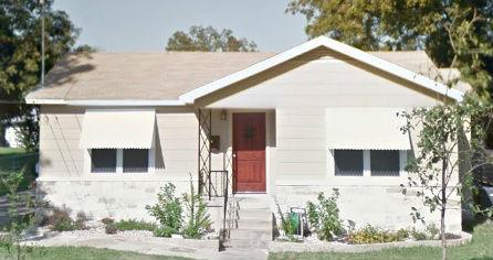 1 bedroom 1 bath fixer upper house in Austin Texas!