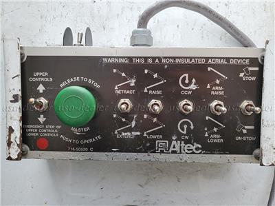 2003 FORD F550 BUCKET TRUCK