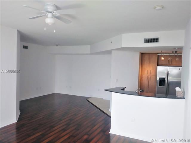 Miami Beach: 2/2 Spacious apartment (Harbour Island Dr., 33141)