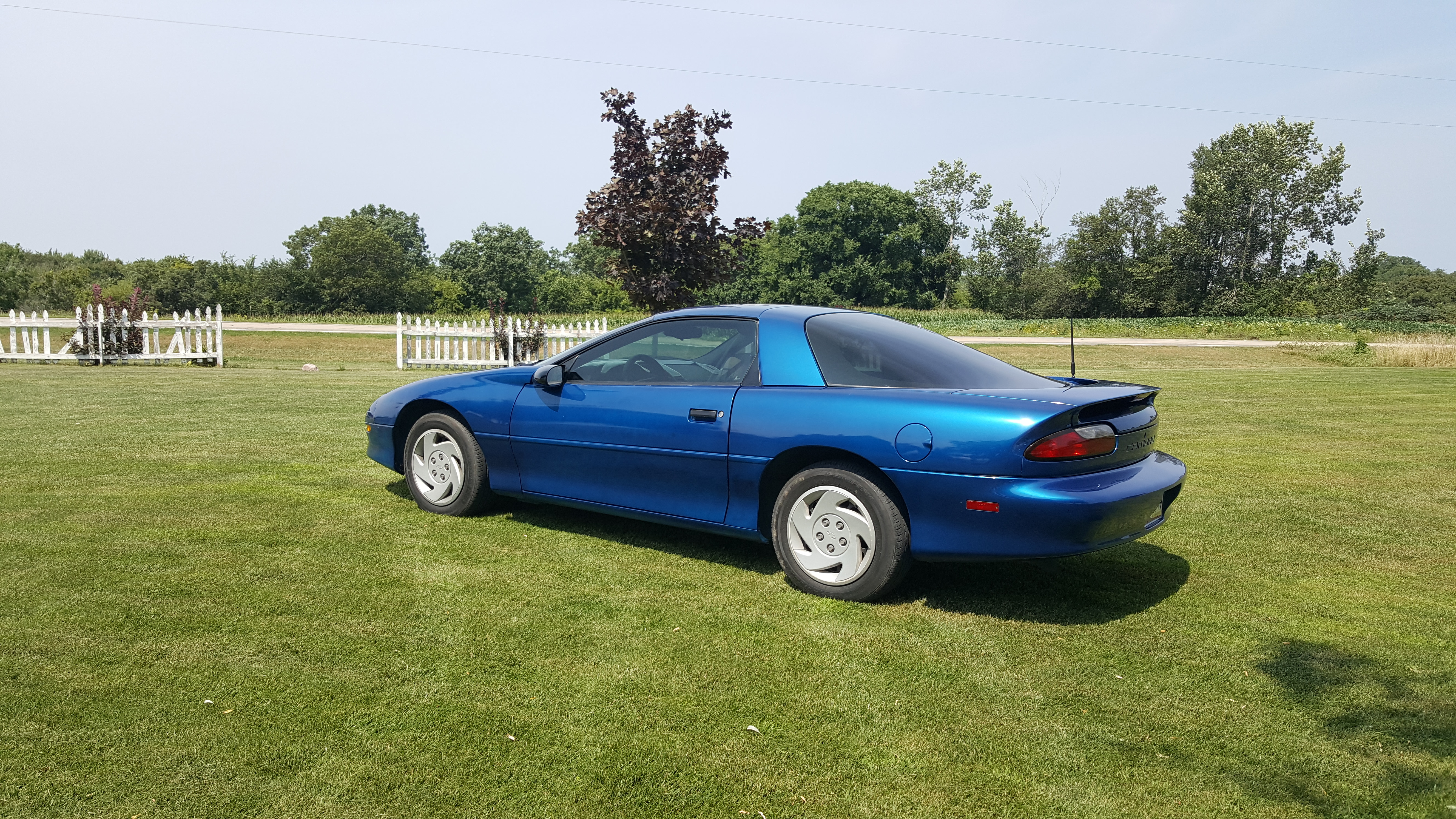 1994 CAMARO ABSOLUTELY  NO RUST  MUST SEE