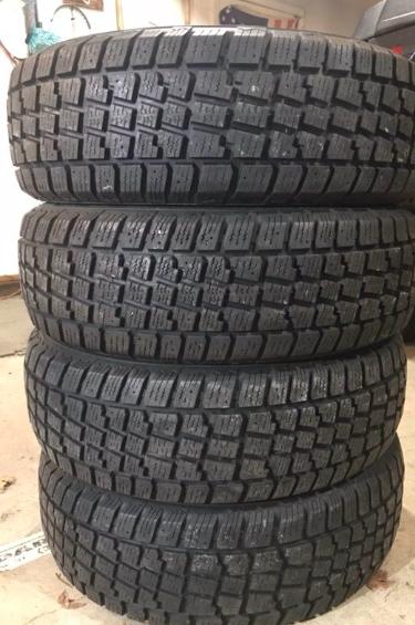 Snow Tires T215/55R17
