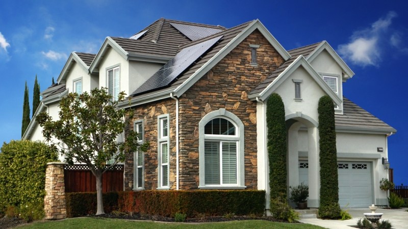 Which company is offering best quality residential solar panels?