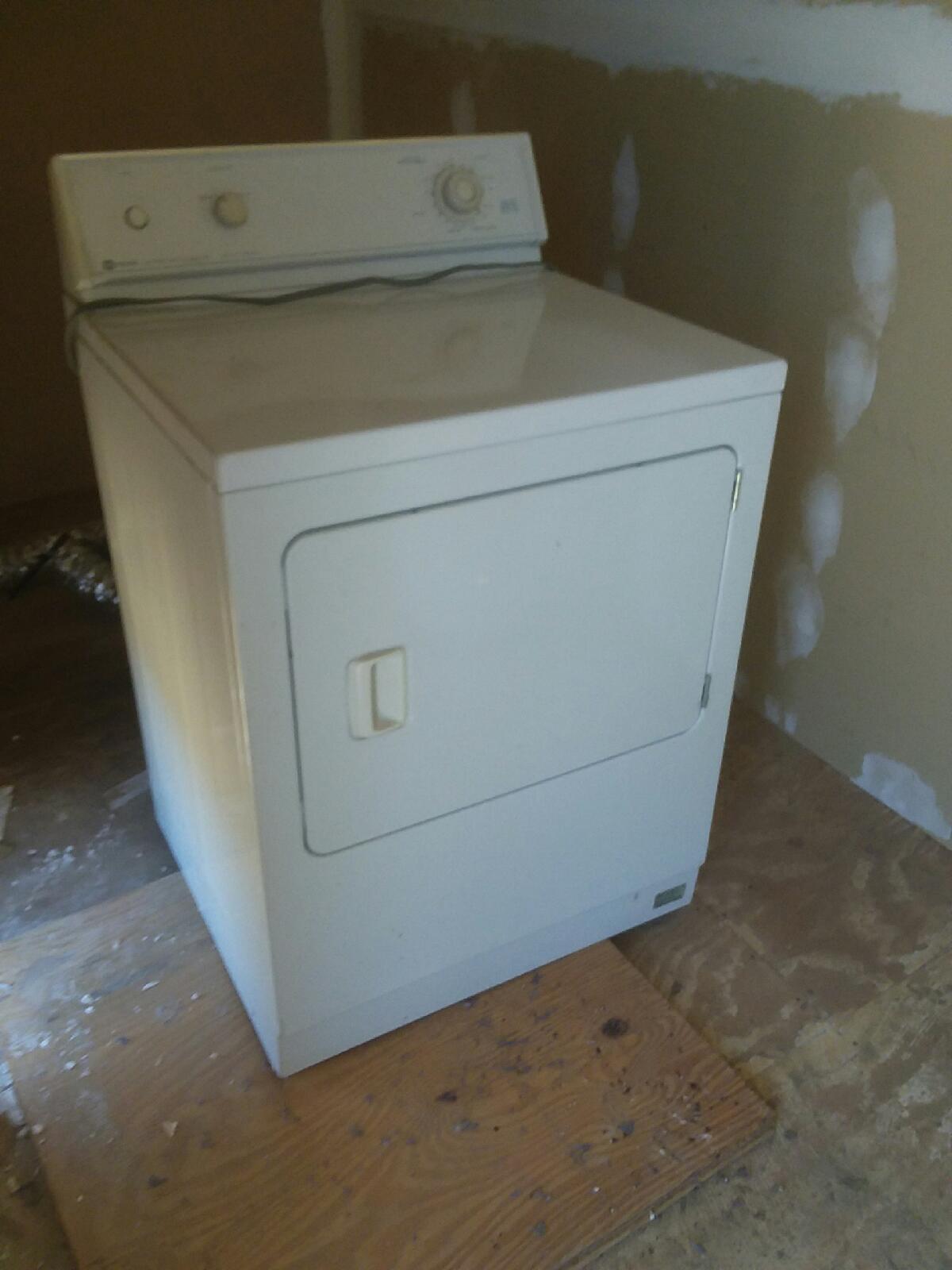 2 used refrigerators, 1 gas dryer, 1 range - $100 each obo call Steve 760 617-1188