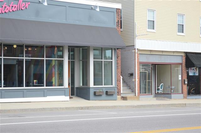 Great location for your downtown Somersworth business! Large traffic count for high visibility!