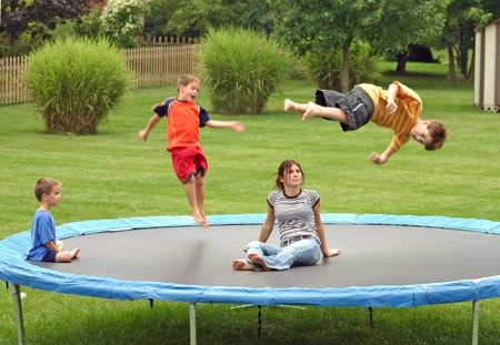 Choose Trampoline With Enclosure Combo as Gift This Christmas | Highest Discount of Year