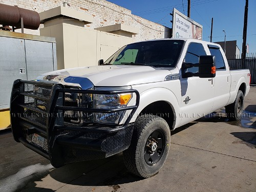 2012 FORD F-250 LARIAT CREW CAB 4X4 PICK UP TRUCK
