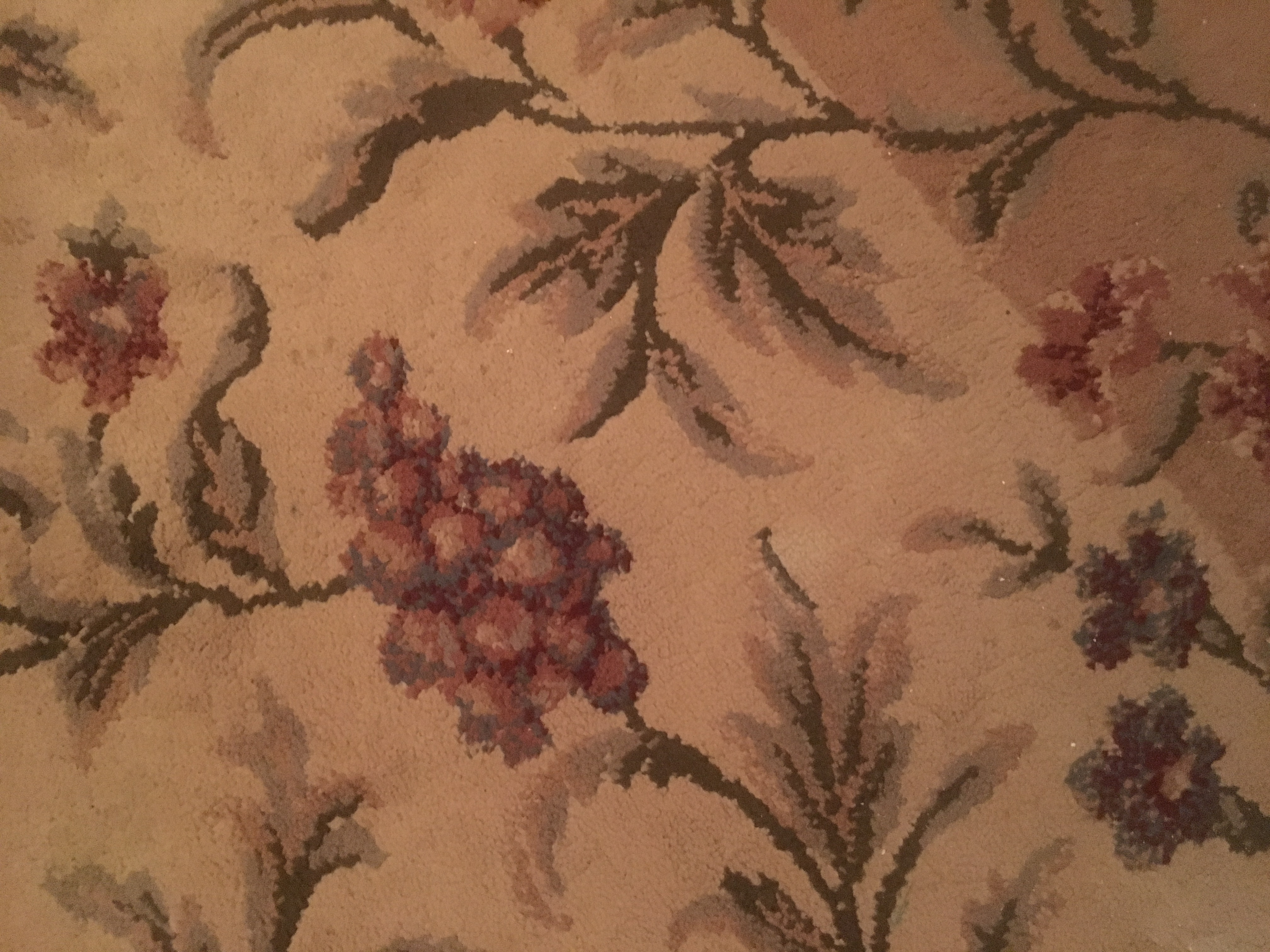 French country / arts and crafts style rug