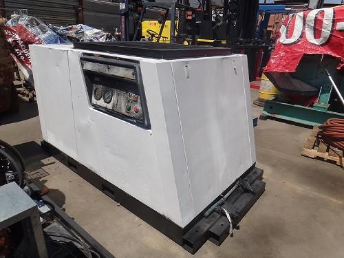 1982 INGERSOLL RAND SSR-2000 AIR COMPRESSOR