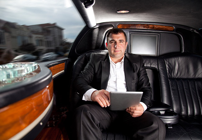 Travel Via New Jersey Limo Taxi Service 732-742-2252