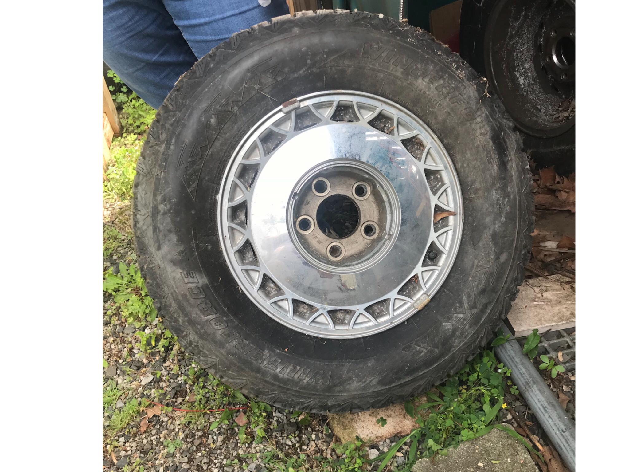 93-96 Cadillac Wheels
