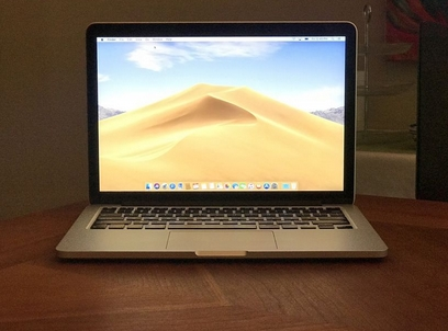 MacBook Pro 13 inch Retina 2015 2.9 GHz Intel Core i5, 512 GB flash  $500