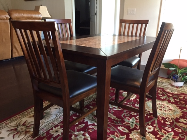 DININE ROOM TABLE