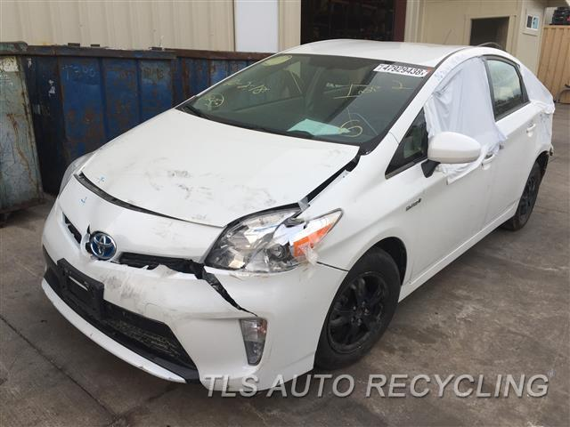 Used Parts for Toyota PRIUS - 2015 - 901.TO1N15 - Stock# 8674YL
