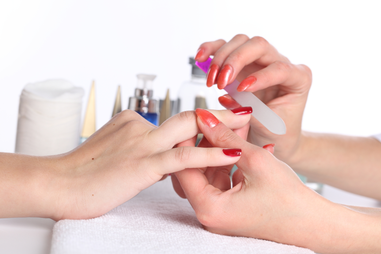 Best Gel Polish Nail Salon for Acrylics