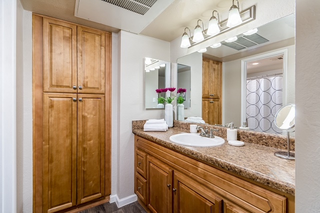Look and Lease Specials on Select Floorplans