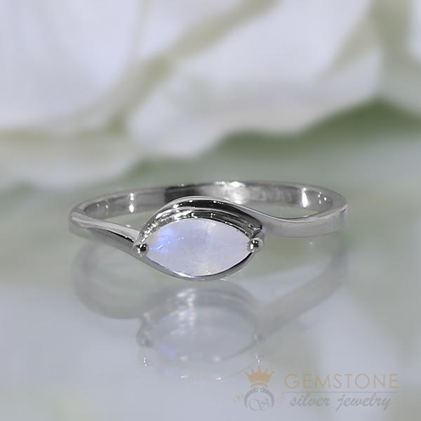 Moonstone Ring Eagle Eye