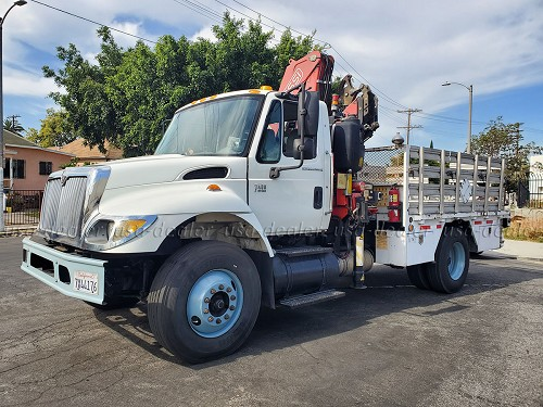 2006 INTERNATIONAL 7400 KNUCKLE BOOM SERVICE TRUCK