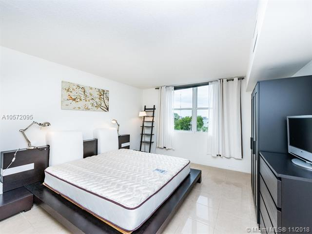 Miami Beach: 2/2 Welcoming apartment (N Treasure Dr., 33141)