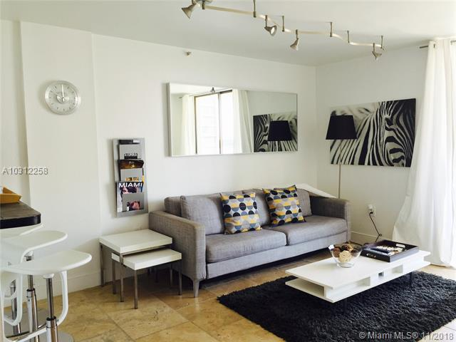 Miami Beach: 1/1 Available apartment (West Ave., 33139)