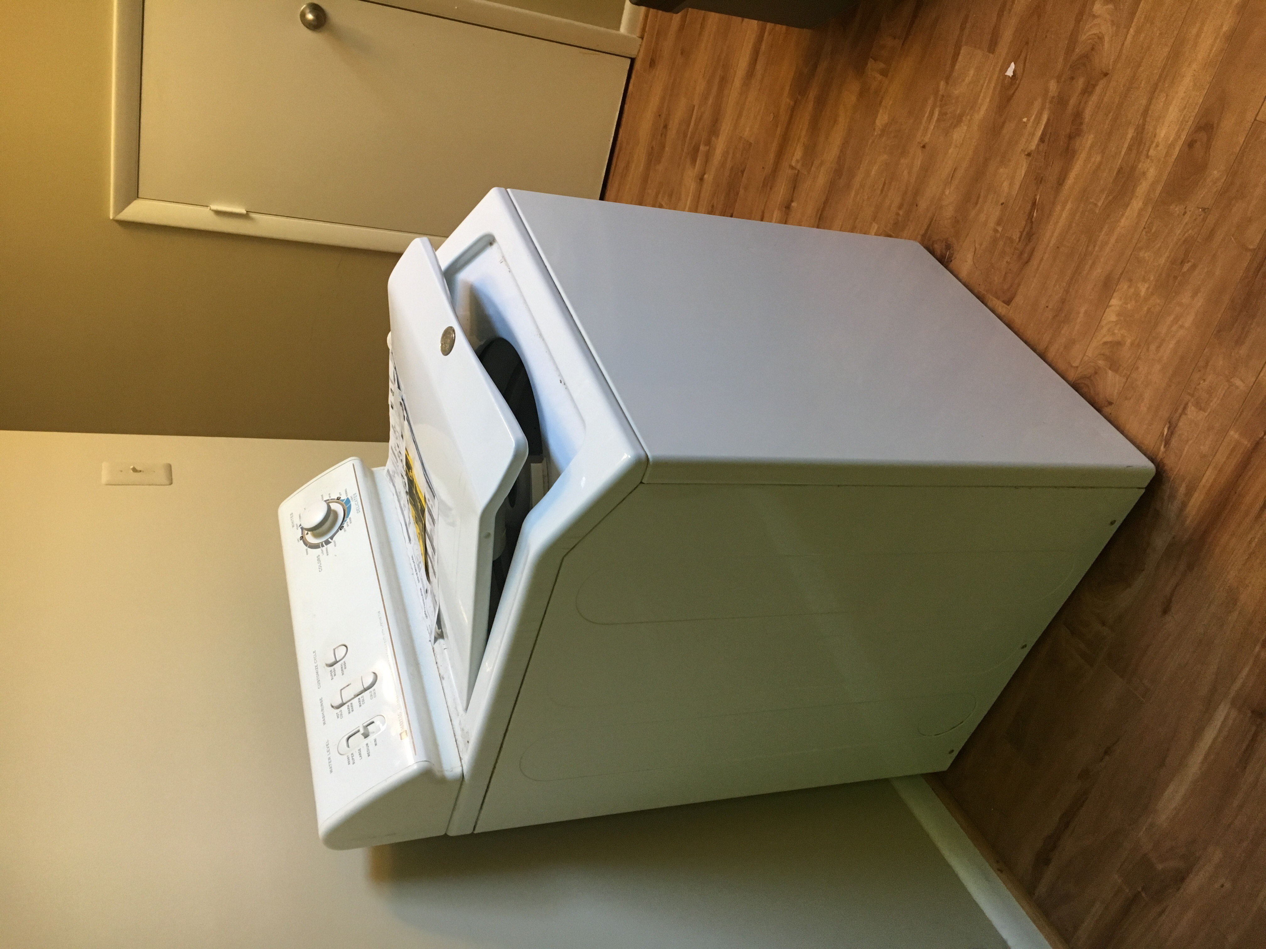 Maytag Clothes Washer $50/OBO