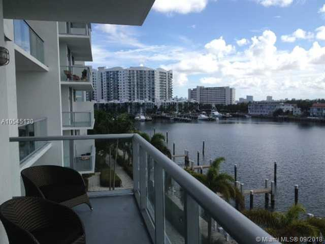 Miami Beach: 1/2 Eloquent apartment (East Dr , 33141)