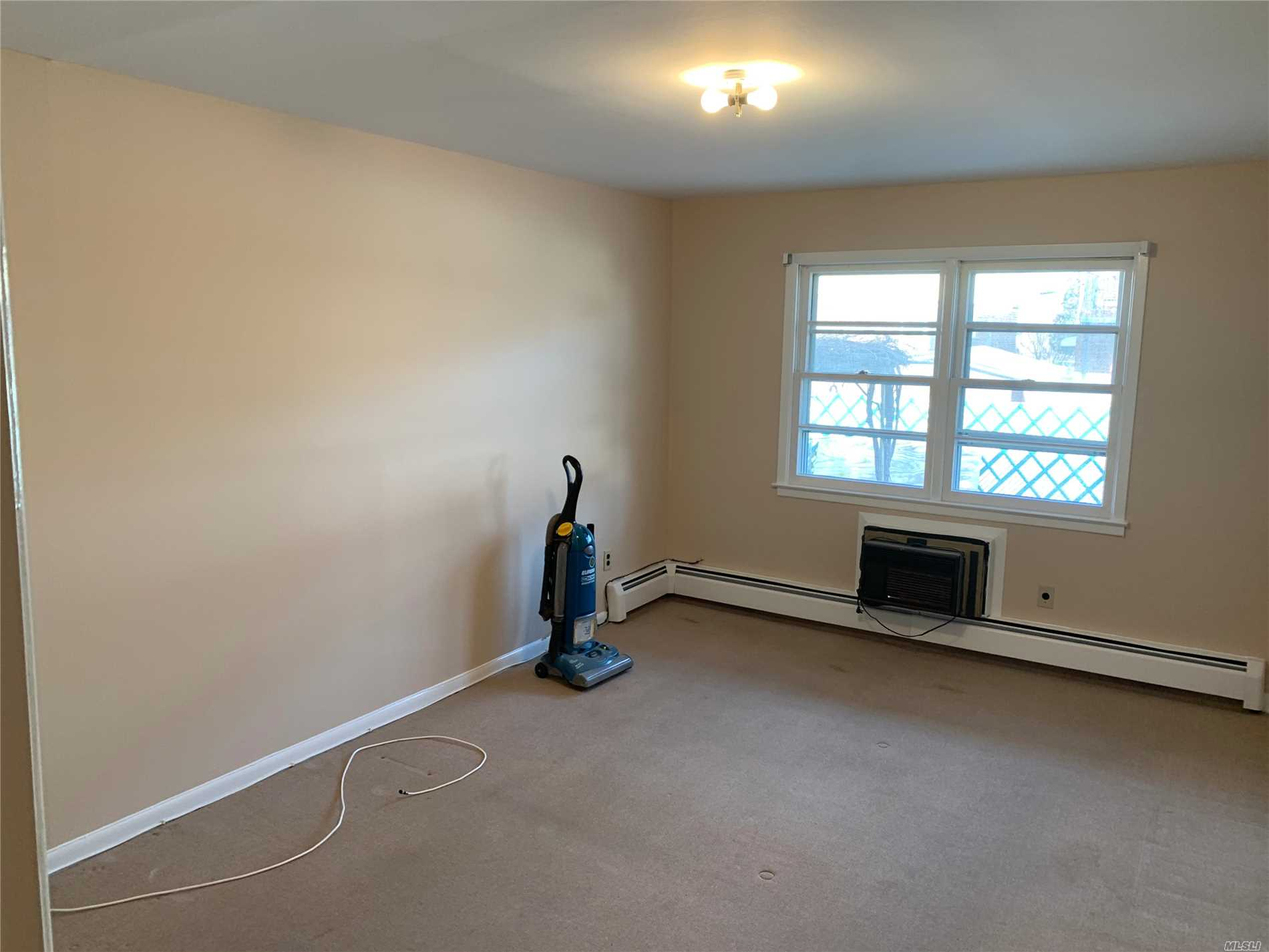PennySaver   ID#: *1330971 Spacious Two Bedroom Apartment For Rent